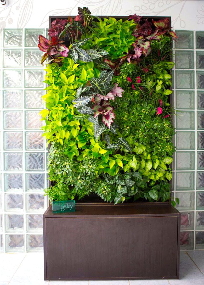 home-prod-vertical-garden